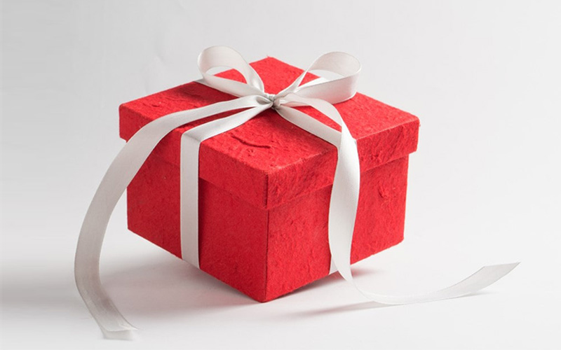 Tips on Gift Boxes Printing for Presenting Clay Accessories